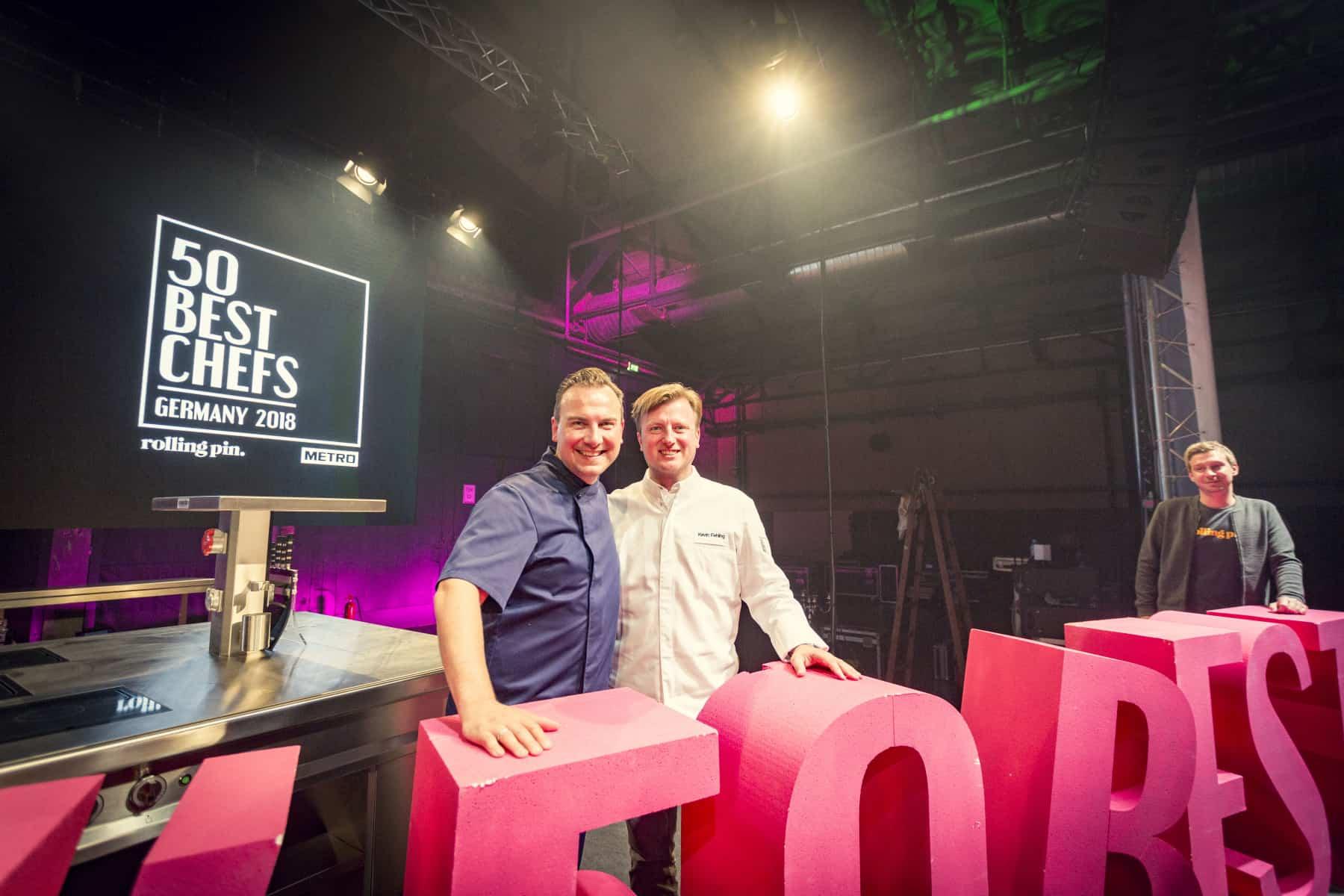 Tim Raue Kevin Fehling lächeln bei 50 Best Chefs 2018 Chefdays