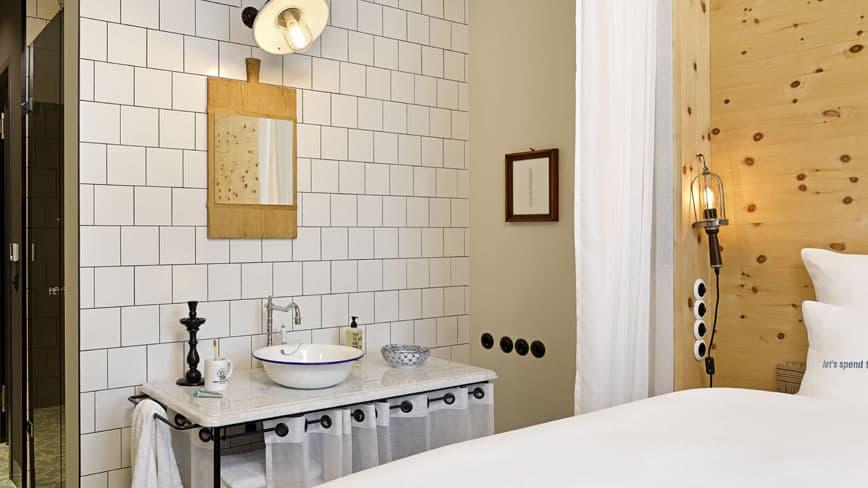 25hours_Hotel_Munich_showroom_M_room_large__1__slider