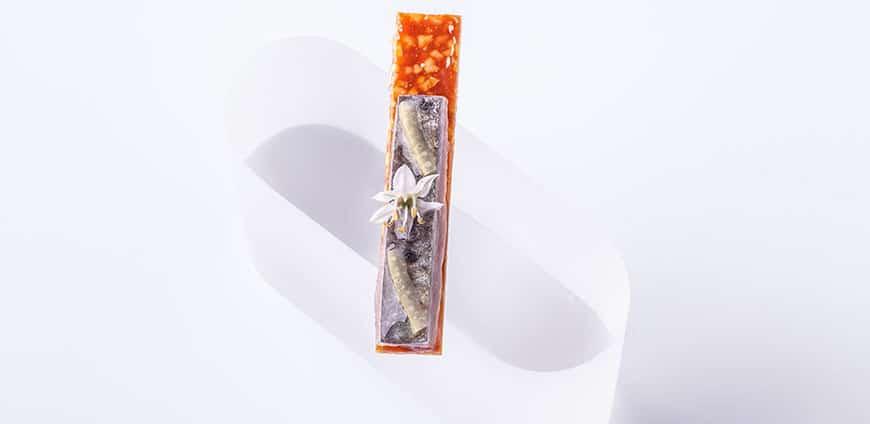 aqua-sardine-raeuchermandel-knusper-aioli-credit-goetz-wrage-1-slider